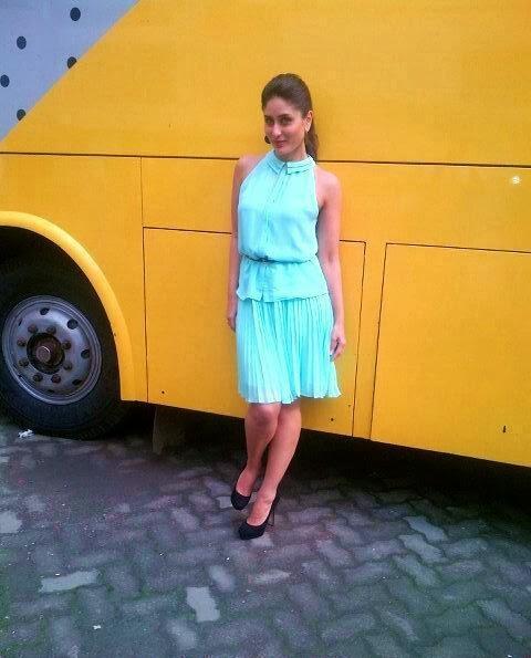 Kareena Kapoor looks hot in blue gown near her vanity van