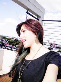 El hecho de que una persona sonríe todo el tiempo, no significa que su vida es perfecta.
