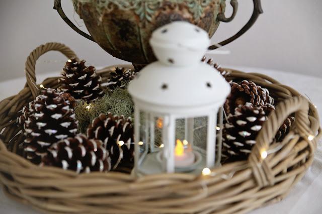 neutral winter decor