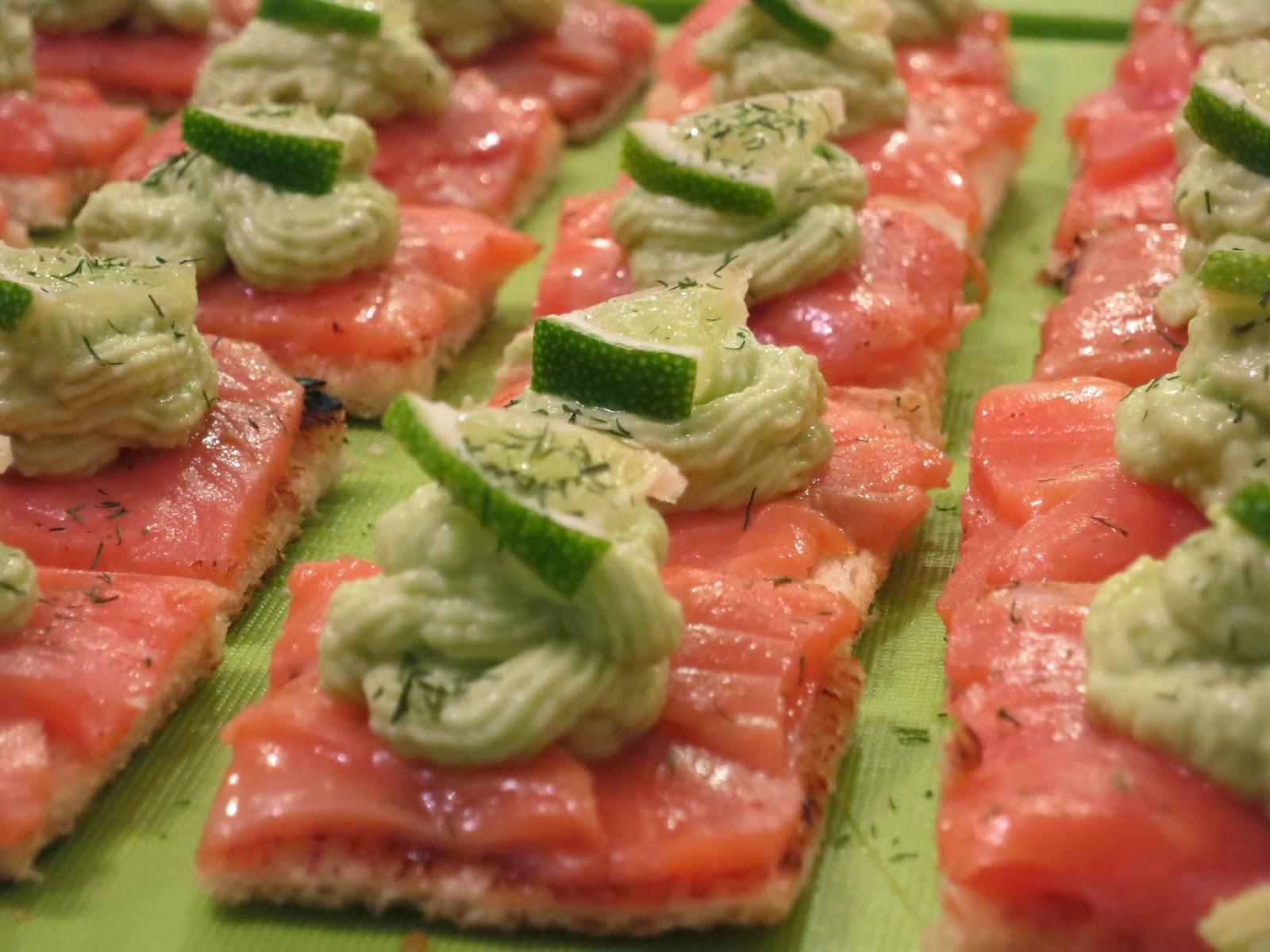 Canap s saumon et avocat le carnet de cuisine de marine for Canape saumon