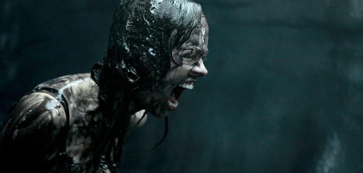 Ameaça alienígena no trailer para maiores do terror Extraterrestrial