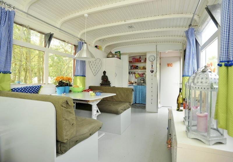 Huis lief huis binnenkijken pipowagen for Interieur schilderen
