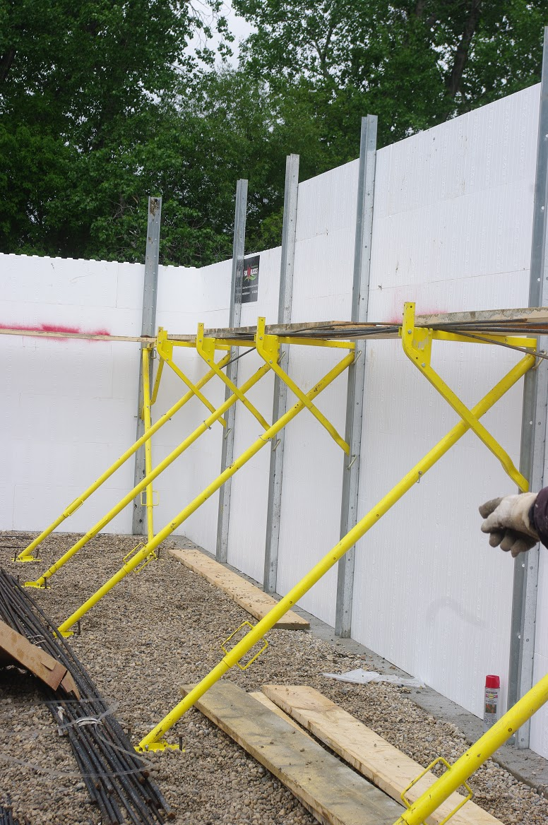 Thousand square feet day 9 concrete pour in icf walls for Best icf blocks
