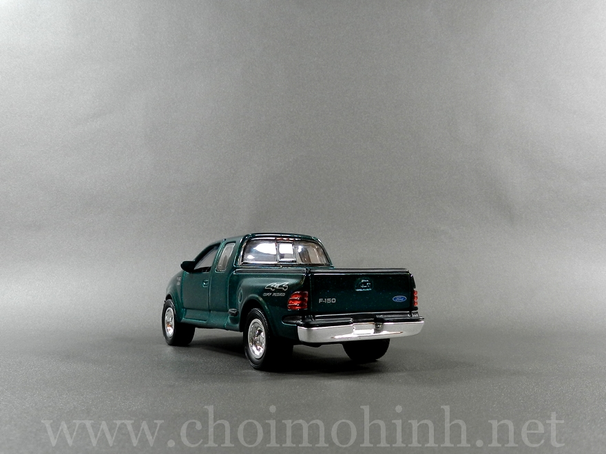 Ford F150 1:38 back