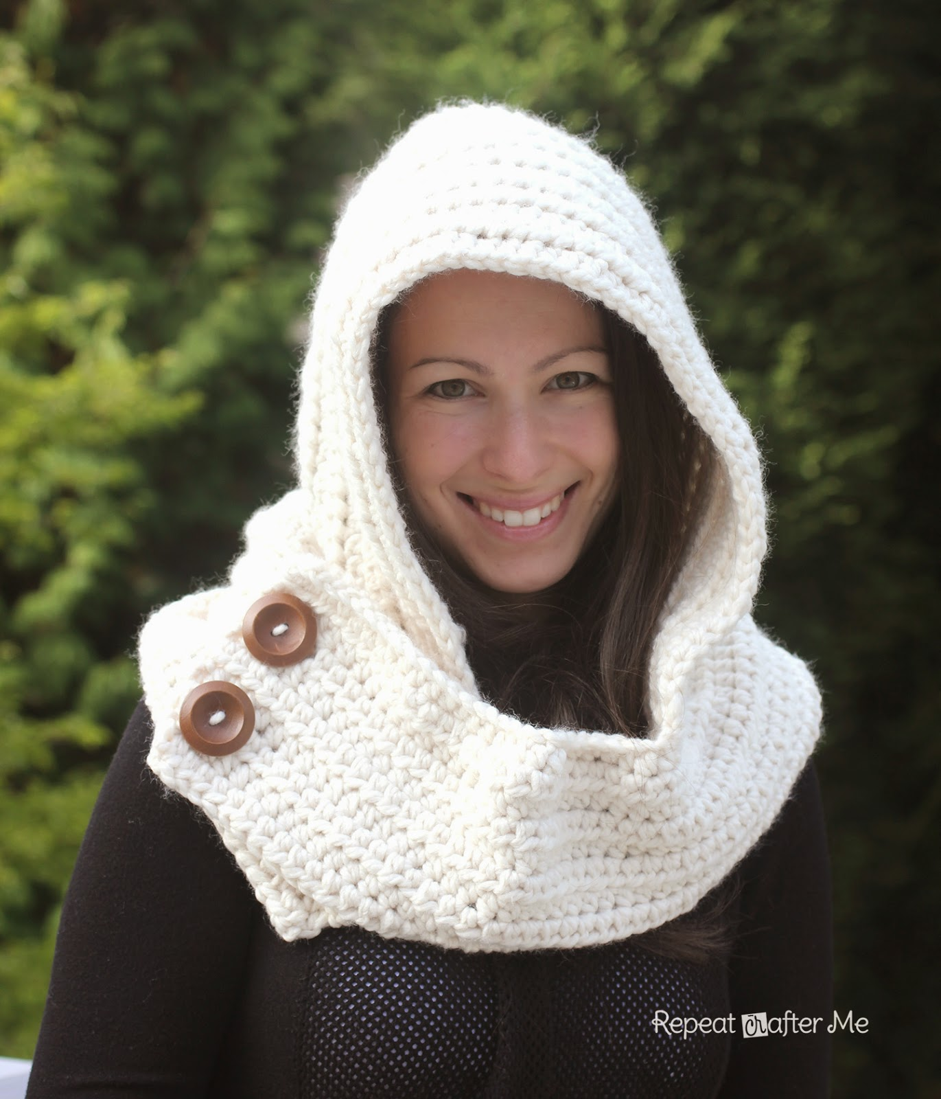 Hooded Cowl Knit Pattern : Hooded Crochet Cowl with Lion Brand Thick & Quick Yarn #Scarfie - Repeat ...