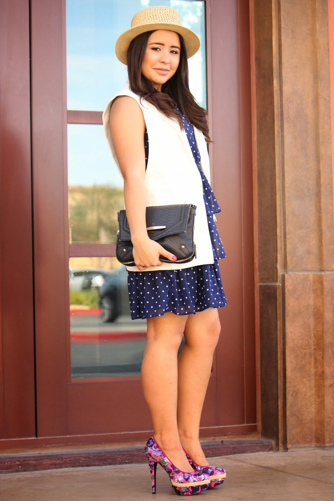 how to style floral print shoes, polka dot dress, ruffled dress. vegas street style, vegas blogger, what to wear in vegas