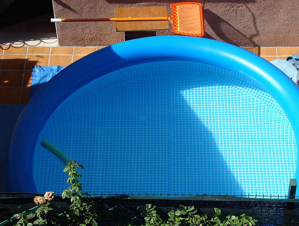 De piscinas las piscinas de pl stico for Cuanto cuesta poner una piscina en casa