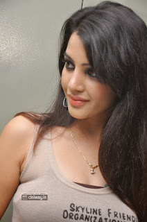 Deeksha-Panth-Stills-at-Madhumati-Movie-Audio-Launch