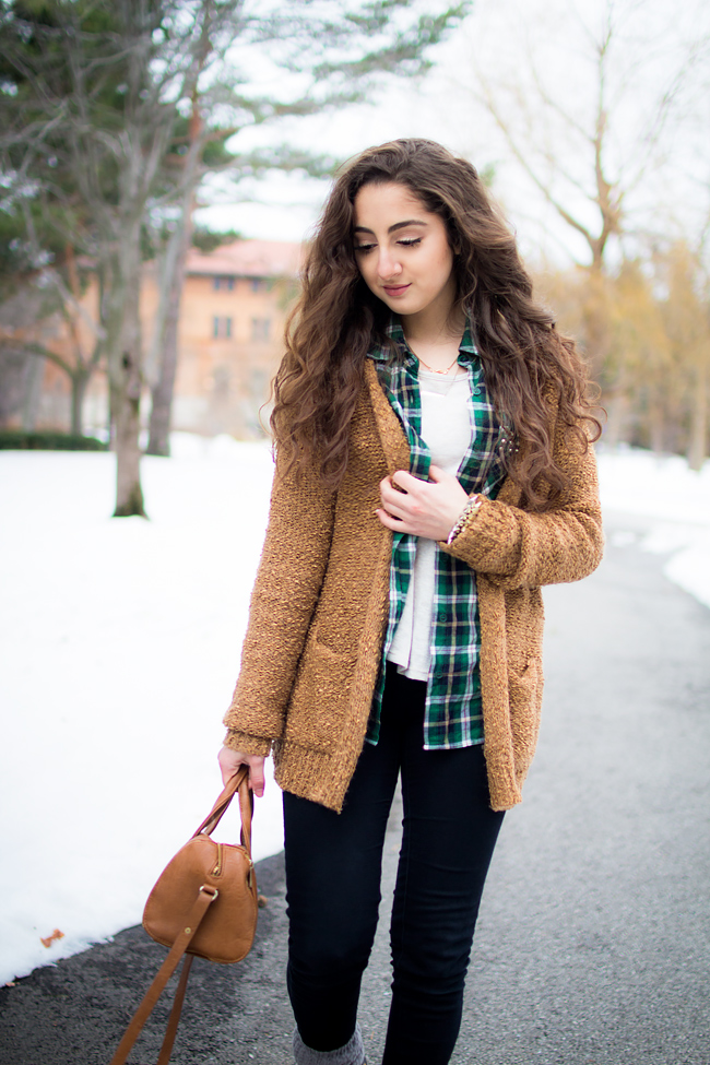 Stay Warm Stylish with Layered Outfits photo