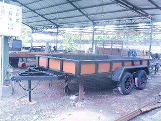 Karoseri Double Axle Trailer