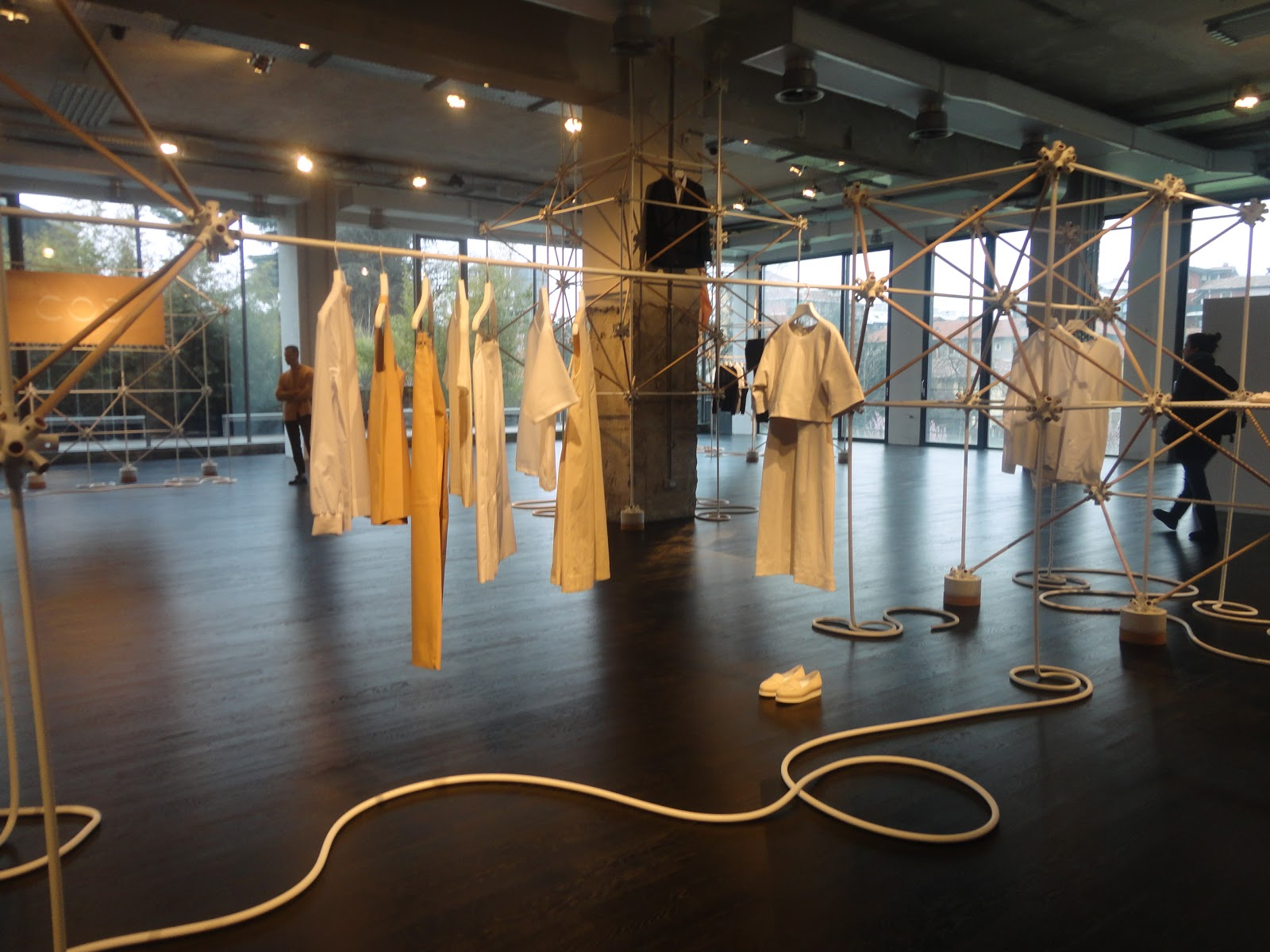 SimiDesign: The COS x Bonsoir Paris pop-up concept store ...