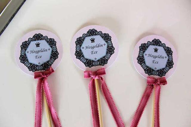 babyshower için cupcake etiketleri