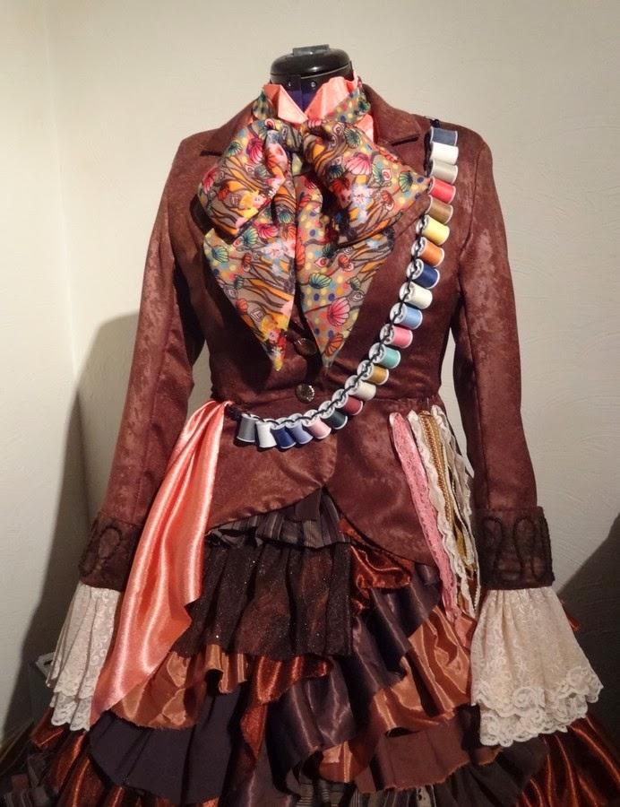 couture crazy by nath costume venitien 2014 ma fille sera en chapelier fou partie 2. Black Bedroom Furniture Sets. Home Design Ideas