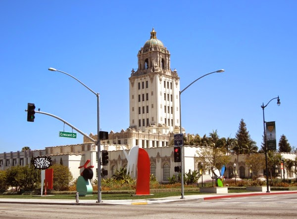 Beverly Hills City Hall lawn sculptures 2014
