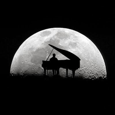 Ιντερνετικός ραδιοσταθμός παίζει το ρεπερτόριο της Σελήνης