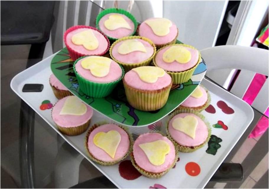 l univers gourmand des crookeuses cupcakes cœur de fraise et gla 231 age p 226 te 224 sucre