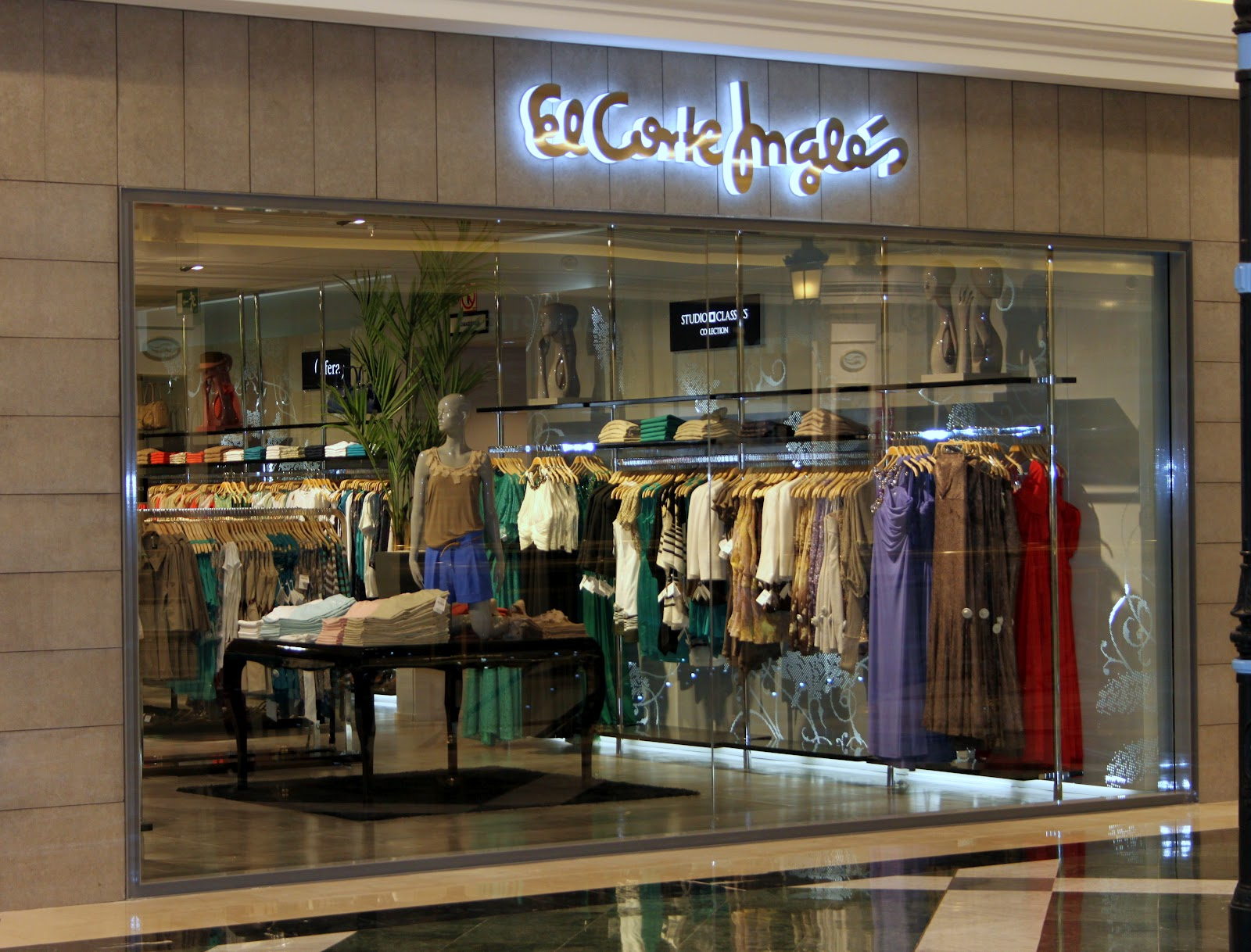 Helene 39 s wardrobe apertura nueva tienda dns en c c gran - Zara gran plaza 2 ...