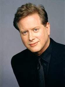 Picture of comedian Darrell Hammond