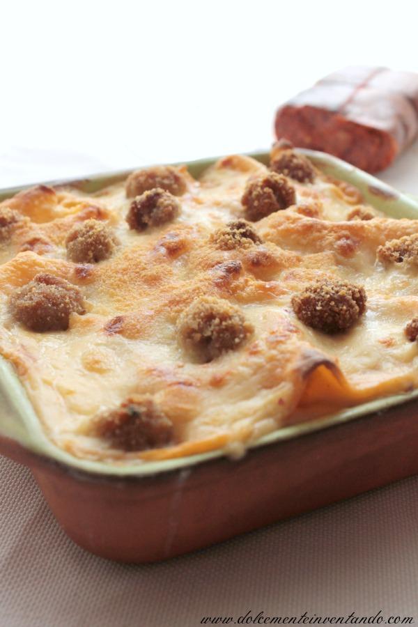lasagne con sfoglia al pomodoro, polpettine e besciamella alla 'nduja: il mio secondo mtc con deformazione calabrese!