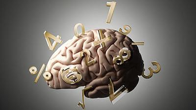 (EFE) — La ciencia que estudia las propiedades de los entes abstractos, como números, figuras geométricas o símbolos, y sus relaciones, ¿es una propiedad del universo o un reflejo de cómo los humanos interpretan la realidad?. Esta pregunta se hace en un artículo difundido este lunes por el Instituto Kavli del Cerebro y la Mente, con sede en Oxnard, California. Los neurocientíficos que opinan en el artículo debaten si la matemática, que describe y pronostica lo que nos rodea, desde la estructura helicoidal (con forma de hélice) del ADN a las espirales de las galaxias, existe en el universo o