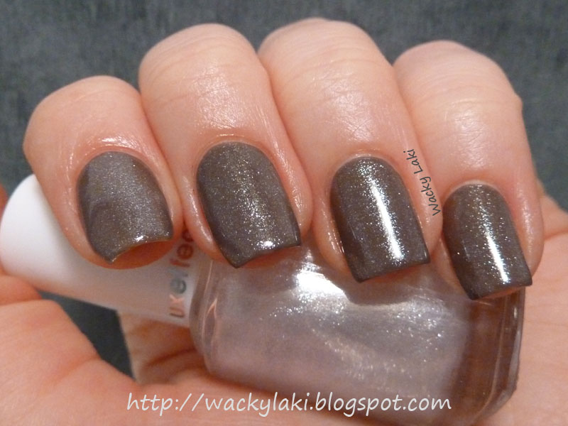 Essie Nail Polish Luxeffects | Splendid Wedding Company