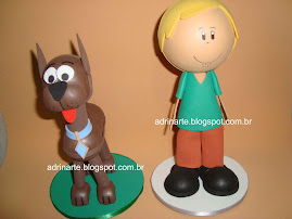 Salsicha(25cm de altura) / Scooby (19cm de altura)
