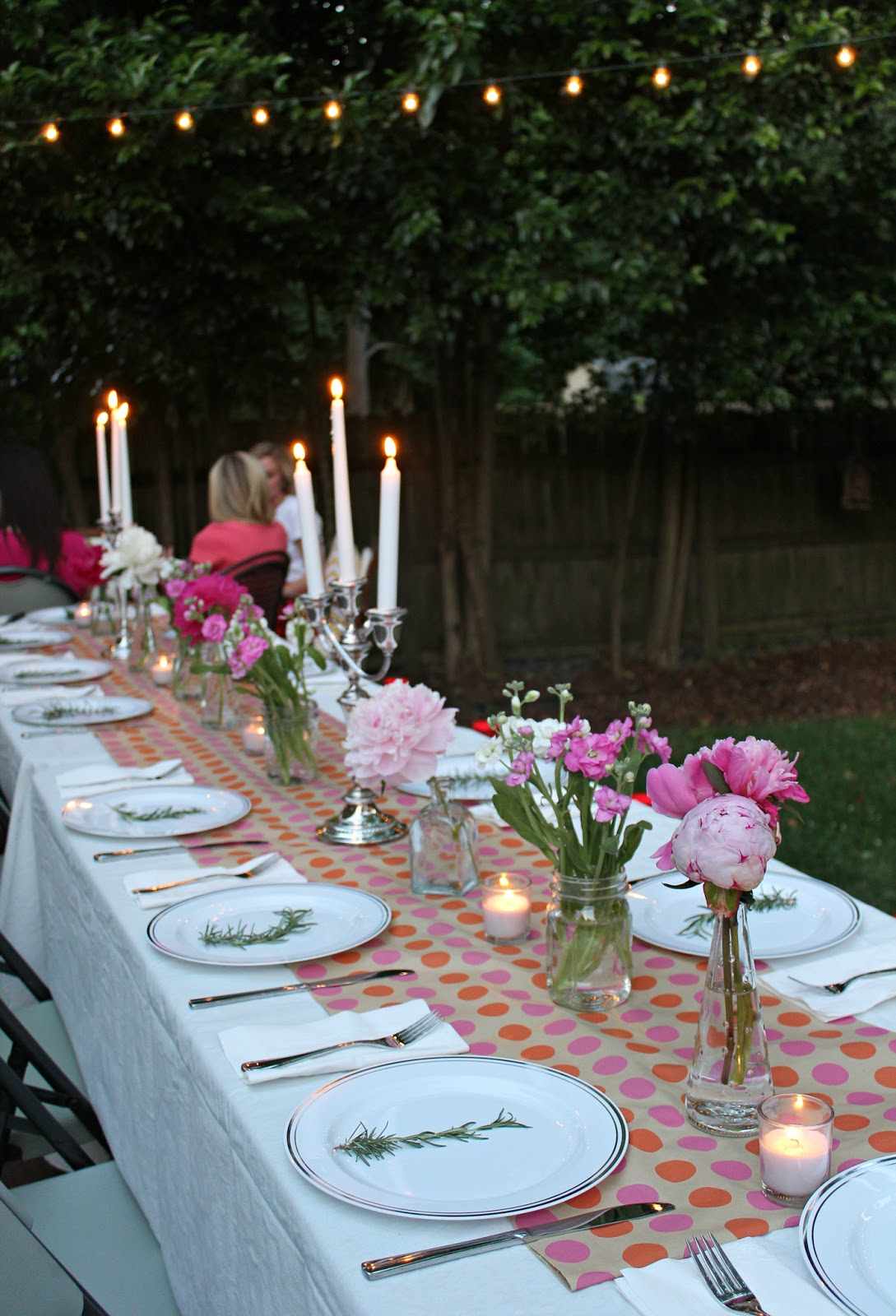 carolina charm a backyard dinner party