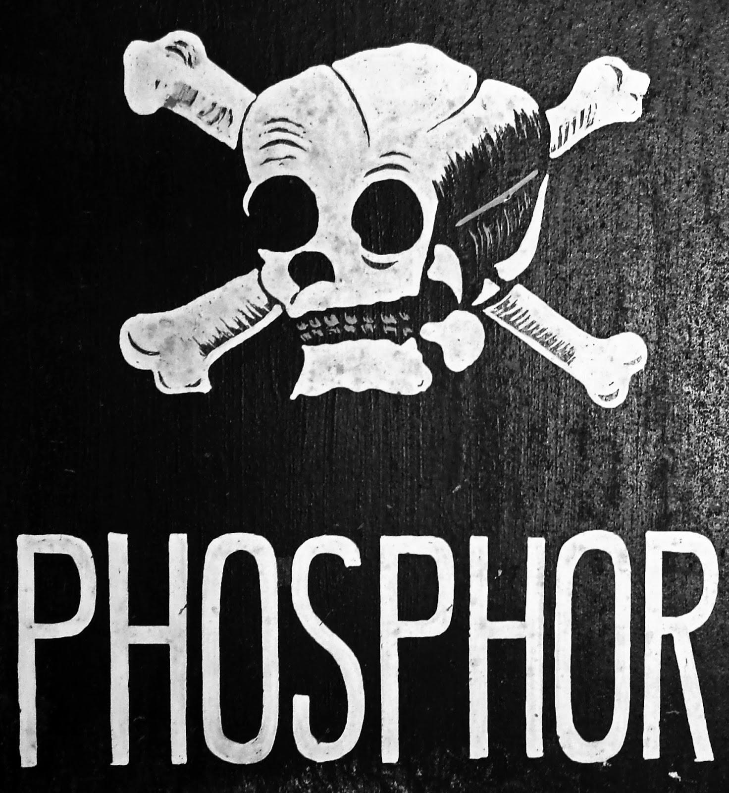phosphor ein brisantes element wie erkenne ich wei en phosphor und wie muss ich mit diesem. Black Bedroom Furniture Sets. Home Design Ideas