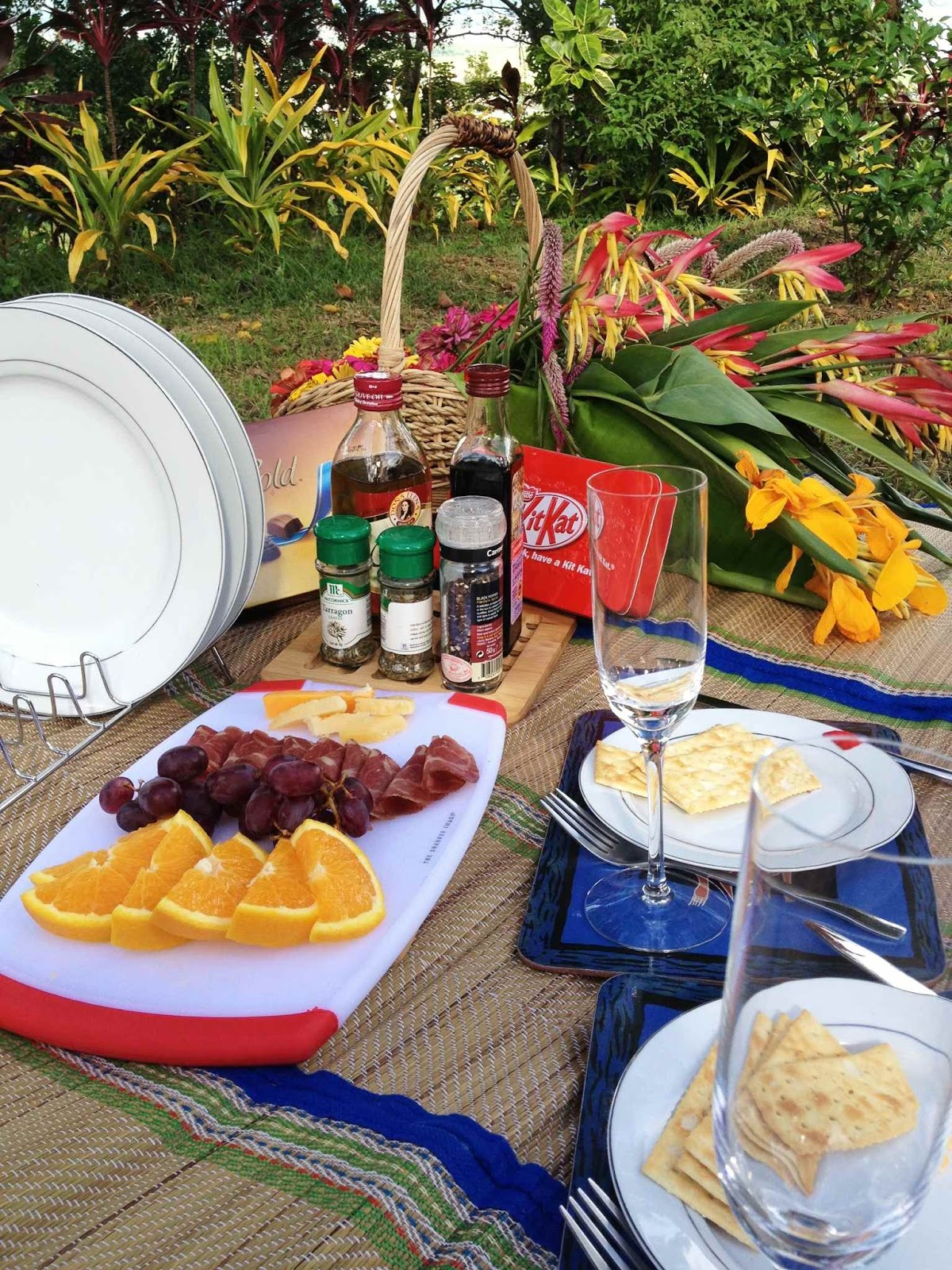 picnic, prenup, esession, anniversary, MELF, Manila East Lakeview Farms
