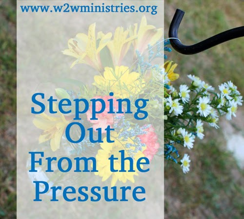 3 Ways to step out from the pressure #family #motherhood
