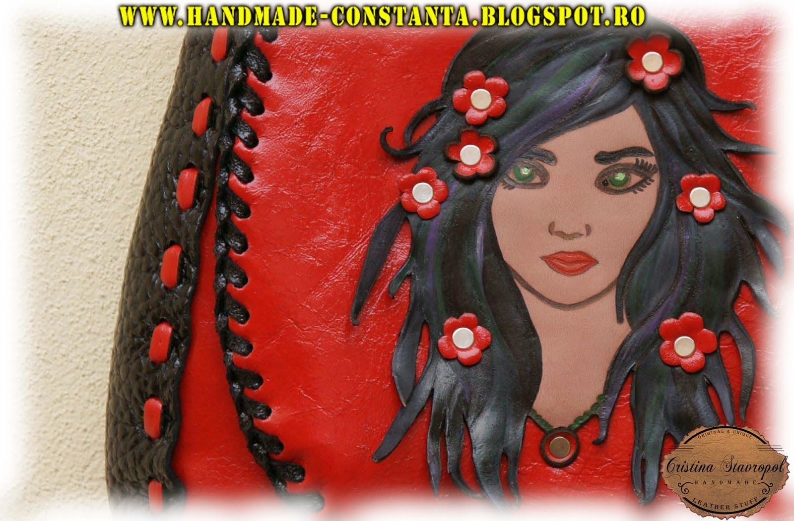 Rote Ledertasche / Mädchen mit Blumen im Haar.