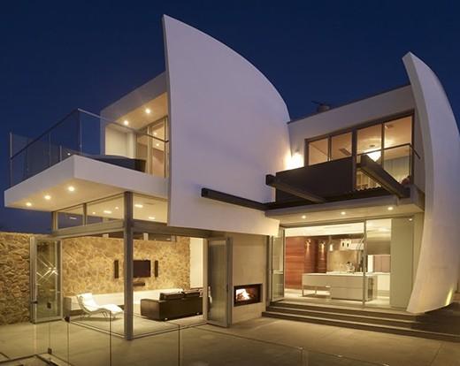 Casas modernas for Iluminacion para muros exteriores