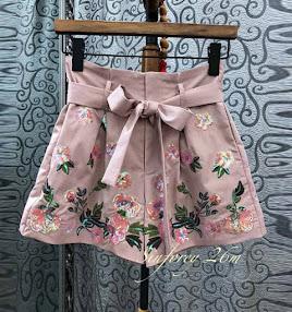 Faldas y Pantalones Marzo.