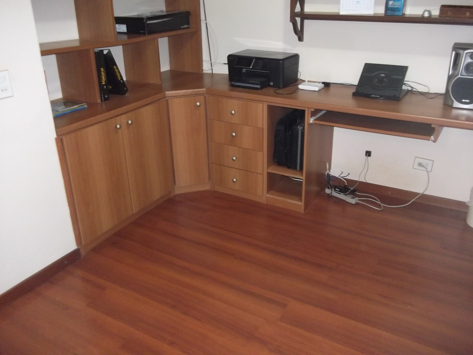 Garage Sale da Lu: Móvel para escritório (Bancada em L 165cm x  #774534 1600x1200