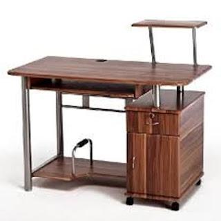 Scrivania mobile di varia forma, di solito costituito da un piano orizzontale al disotto del quale sono ricavati uno o più cassetti, destinato a lavori d'ufficio oppure ad attività di studio