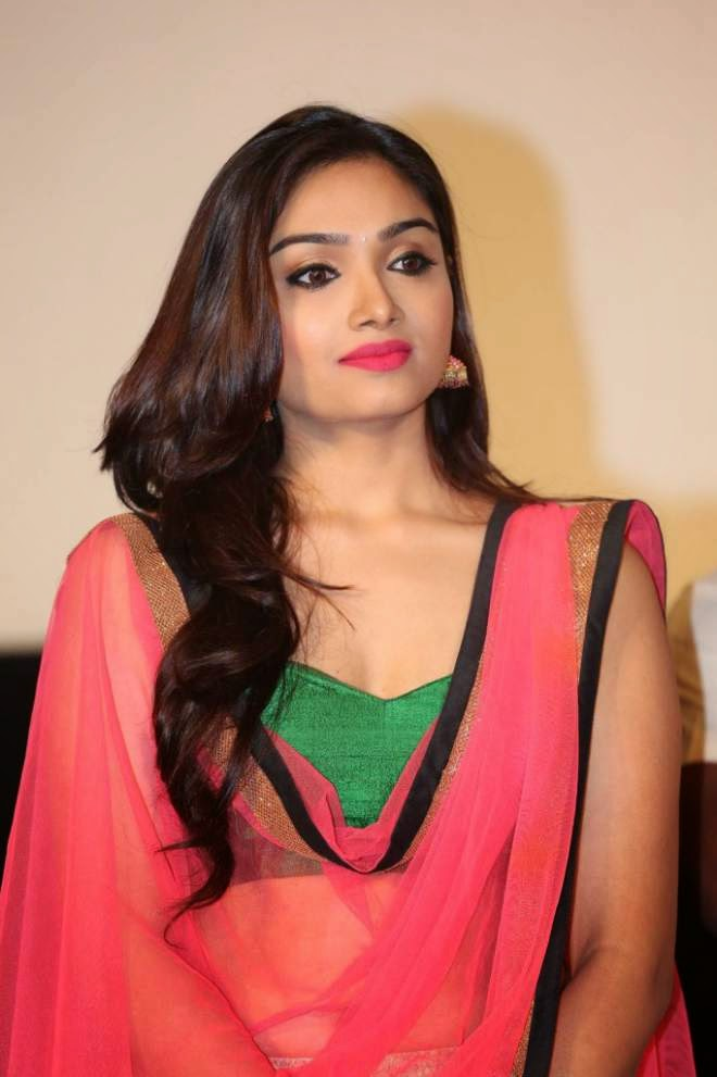 Aishwarya Devan Latest Hot Photos | Salman Khan HD Wallpaper