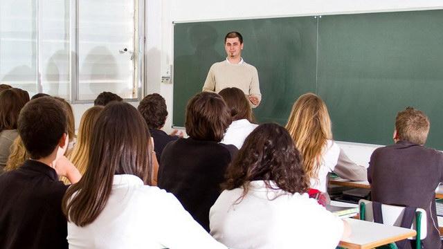 Δωρεάν μαθήματα σε μαθητές Γυμνασίων και Λυκείων οργανώνει η Λαϊκή Επιτροπή Αλεξανδρούπολης