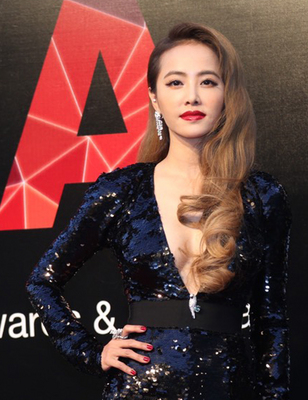 Pretty Asian Women: Jolin Tsai 蔡依林 At The 26th Golden ... | 308 x 400 jpeg 117kB