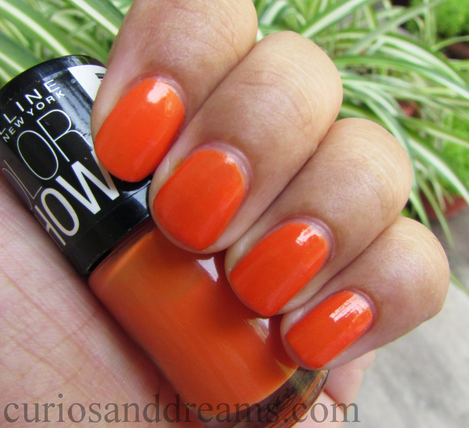 Maybelline Color Show Tangerine Treat review, Maybelline Color Show Tangerine Treat swatc