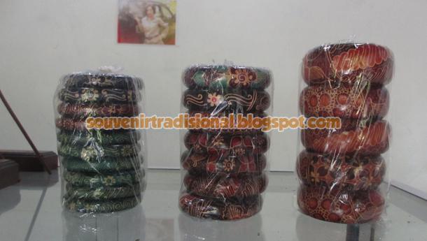 Gelang Batik Unik