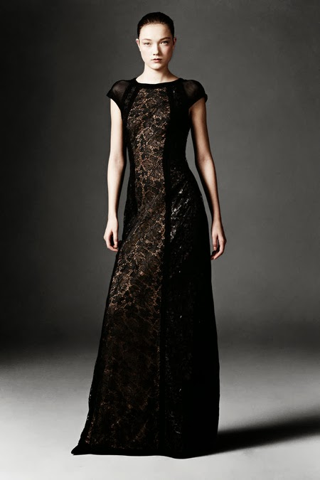 Modest black lace maxi dress with cap sleeves by Tadashi Shoji Mode-sty