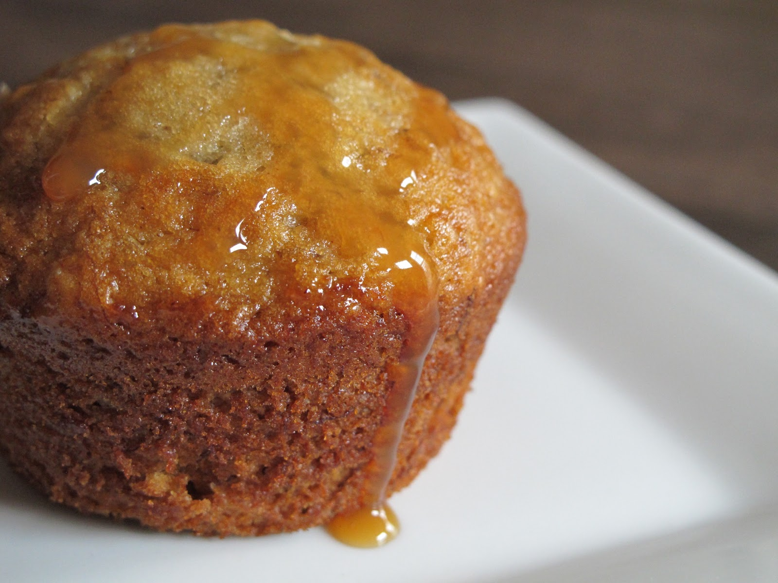 Elle.Beau.Grease.: Browned Butter & Caramel Banana Muffins