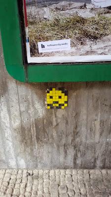 Space Invader, Kacheln, Streetart, Urbanart