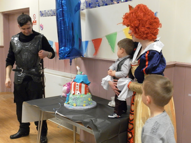 A picture of an Alice in Wonderland birthday party