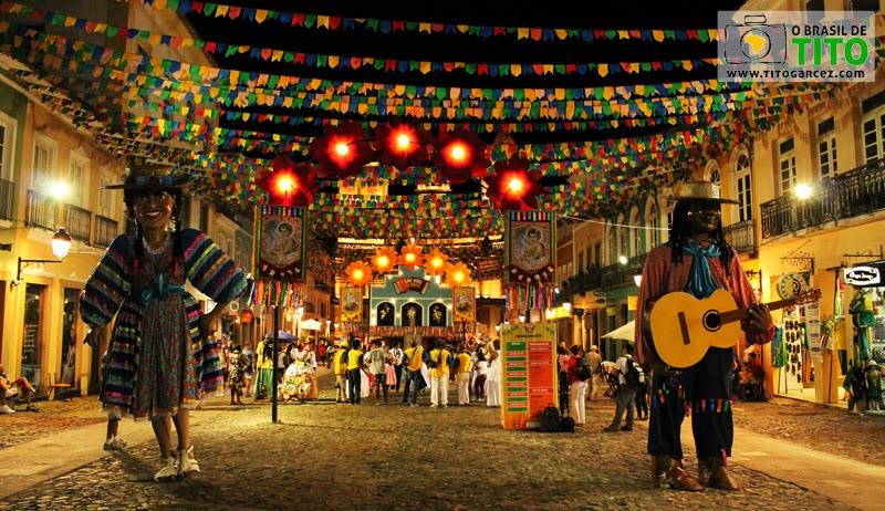 Decoração do Centro Histórico de Salvador, na Bahia, para os festejos juninos - Por Tito Garcez em 2013
