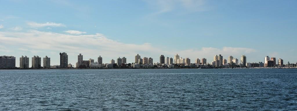 Punta del Este beach skyline