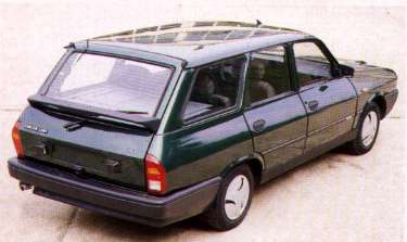 Dacia 1310 Break back view