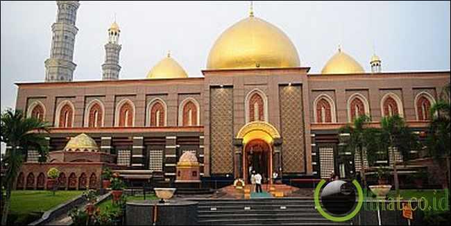 Masjid Kubah Emas, Depok