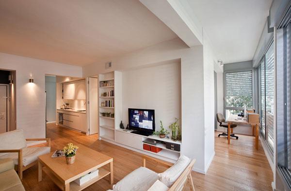 Không gian phòng khách của căn hộ sau khi cải tạo