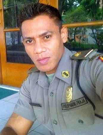 Rian-Anton-Polisi-Ganteng-Gagah